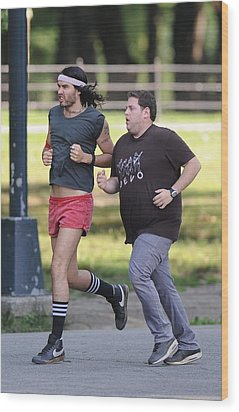 Russell Brand, Jonah Hill On Location Wood Print by Everett