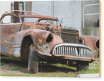 Rusty Old American Car . 7d10347 Wood Print by Wingsdomain Art and Photography
