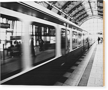 S-bahn Berlin Wood Print by Falko Follert
