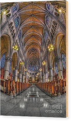 Sacred Heart Basilica Wood Print by Susan Candelario