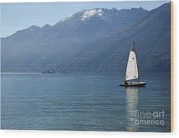 Sailing Boat And Mountain Wood Print by Mats Silvan