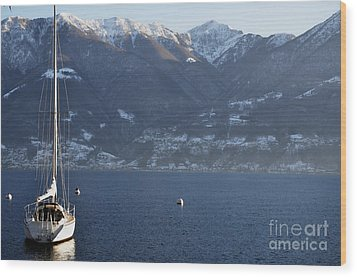 Sailing Boat On A Lake Wood Print by Mats Silvan