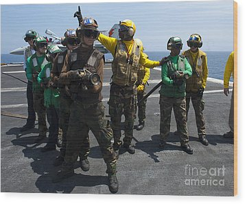 Sailors Fight A Simulated Fire Drill Wood Print by Stocktrek Images