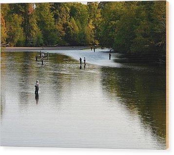 Salmon Hunting Skok Style Wood Print by Mark Bowmer