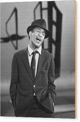 Sammy Davis Jr. Singing In A Television Wood Print by Everett