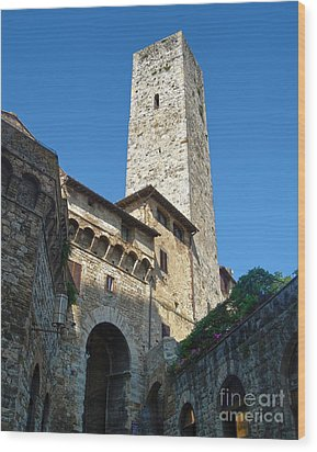 San Gimignano Italy Wood Print by Gregory Dyer