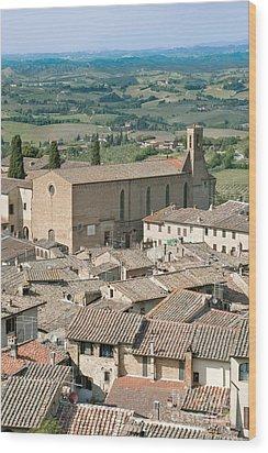 San Gimignano Wood Print by Rob Tilley