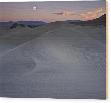 Sand Dune And Moon Death Valley Wood Print by Joe  Palermo