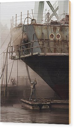 Sandblasters Restore A Soviet Ship Wood Print by Cotton Coulson