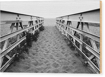 Sandy Bridge - Black And White Wood Print
