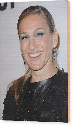 Sarah Jessica Parker At A Public Wood Print by Everett