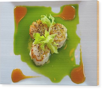 Scallops In Green Sauce Wood Print by Kathryn Barry