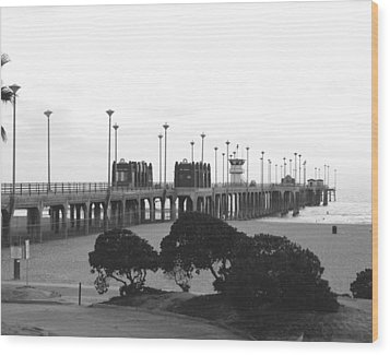Scenes Of Los Angeles, Huntington Beach Wood Print by Everett
