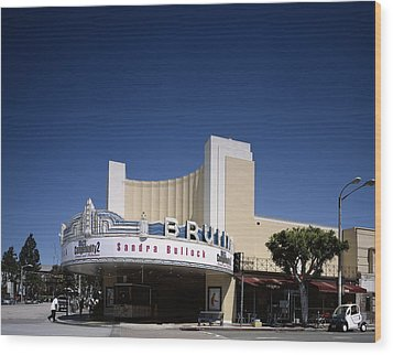 Scenes Of Los Angeles, The Mann Bruin Wood Print by Everett