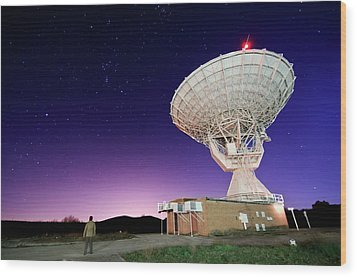 Search For Extraterrestials Wood Print by Photo by cuellar