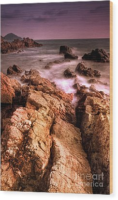 Seascape Wood Print by Buchachon Petthanya