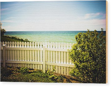 Wood Print featuring the photograph Seaside Retreat by Sara Frank