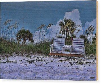 Seat On The Dunes Wood Print