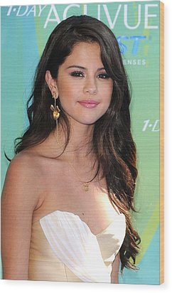 Selena Gomez At Arrivals For 2011 Teen Wood Print by Everett