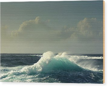 Wood Print featuring the photograph Sennen Surf Seascape by Linsey Williams