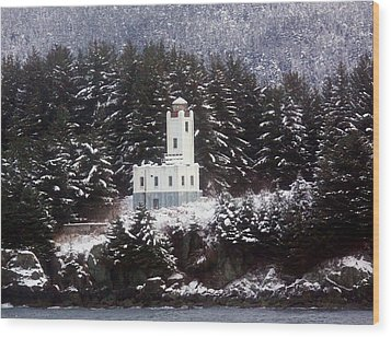 Wood Print featuring the photograph Sentinel Island Lighthouse In The Snow by Myrna Bradshaw