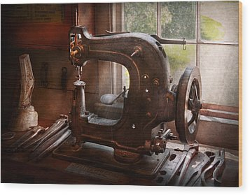 Sewing Machine - Leather - Saddle Sewer Wood Print by Mike Savad