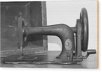 Sewing Machine Wood Print by Pamela Walrath