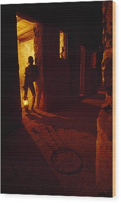 Shackles In Cell On Goree Island Recall Wood Print by Gordon Gahan