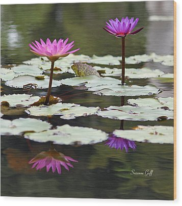 Shades Of Purple  Wood Print by Suzanne Gaff