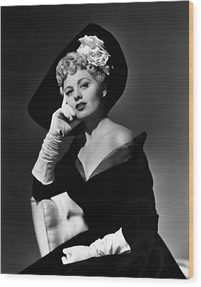 Shelley Winters, 1949 Wood Print by Everett