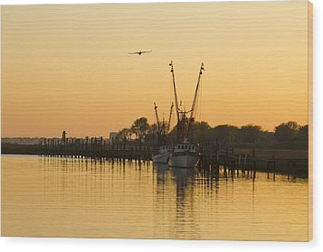 Wood Print featuring the photograph Shem Creek by Carrie Cranwill