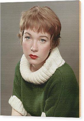 Shirley Maclaine, Late 1950s Wood Print by Everett