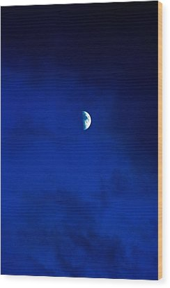 Wood Print featuring the photograph Shoot The Moon by Randall  Cogle