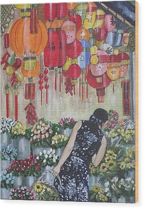 Shopping In Chinatown Wood Print by Kim Selig