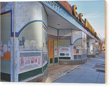 Shuttered Food Store Wood Print by Steven Ainsworth