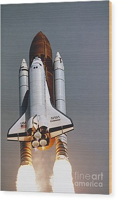 Shuttle Lift-off Wood Print by Science Source