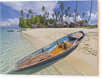 Sibuan Island Wood Print by Photography By Spintheday