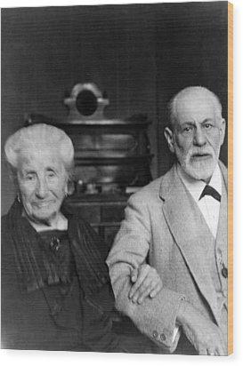 Sigmund Freud 1856-1939 Wood Print by Everett