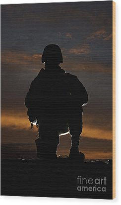 Silhouette Of A U.s. Marine In Uniform Wood Print by Terry Moore