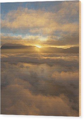 Silver Lake Sunrise Wood Print by Mark Greenberg