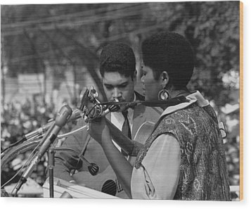 Singer Odetta At The 1963 Civil Rights Wood Print by Everett