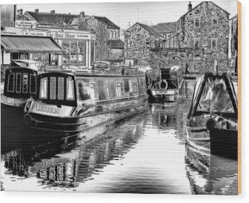 Skipton Canal Basin Wood Print by Trevor Kersley