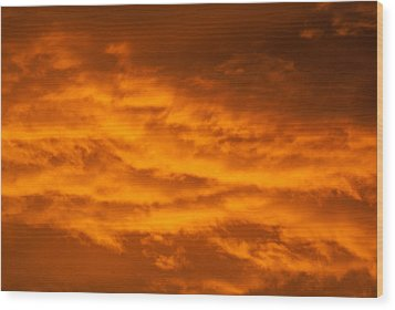Sky Of Fire Wood Print by Colleen Coccia