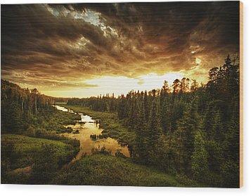 Sky Valley Wood Print