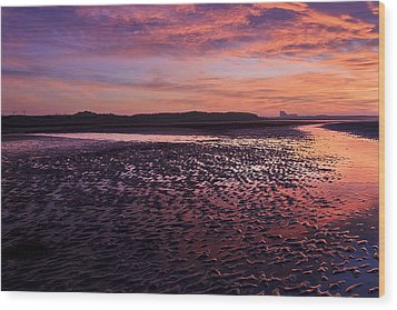 Skyfire Beach Sunrise Wood Print by Fiona Messenger