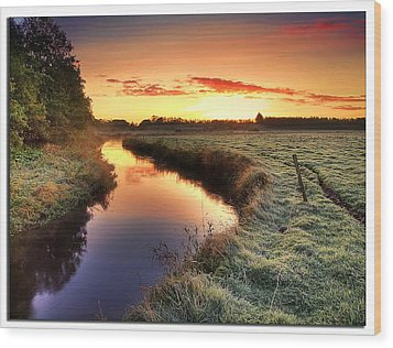 Small River At Sunrise Wood Print by H-L-Andersen