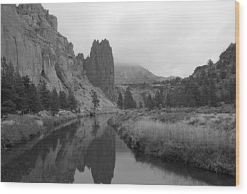 Smith Rock State Park In Black And White Wood Print by Twenty Two North Photography