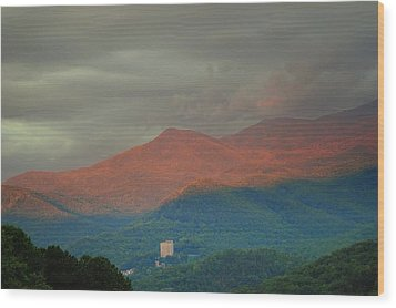 Smoky Mountain Way Wood Print by Frozen in Time Fine Art Photography