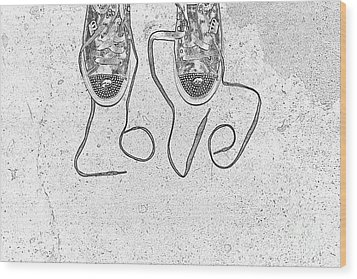 Sneaker Love 2 Wood Print by Paul Ward