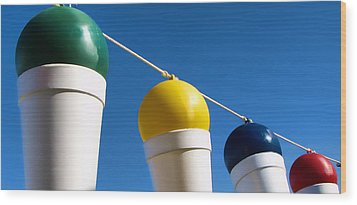 Snow Cones On A Rope Wood Print by Tony Grider